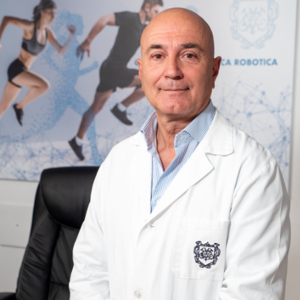 Dott. Riccardo Giacomi - Chirurgia Ortopedica Robotica - Villa Mafalda Roma